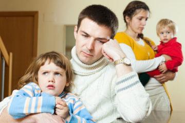 с кем остаются дети после развода по закону