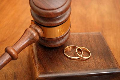 Порядок развода при отсутствии одного из супругов в суде
