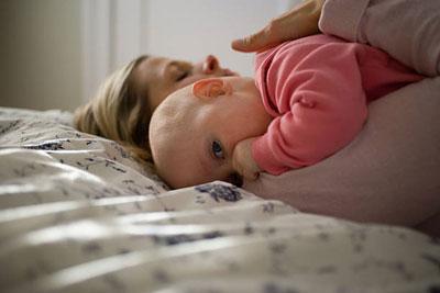 Как подать на развод, если есть ребенок до года по инициативе матери