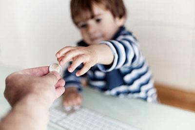 Как получить алименты от государства на ребенка, если отец (мать) не платит