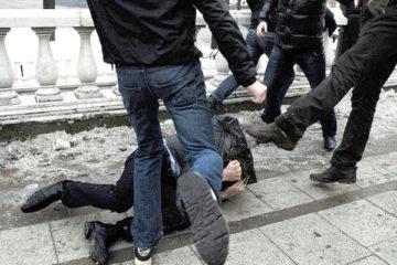 избиение группой лиц статья